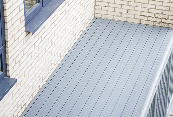 AliDeck Non-Combustible Aluminium Metal Decking Installed On A Balcony Project In East London