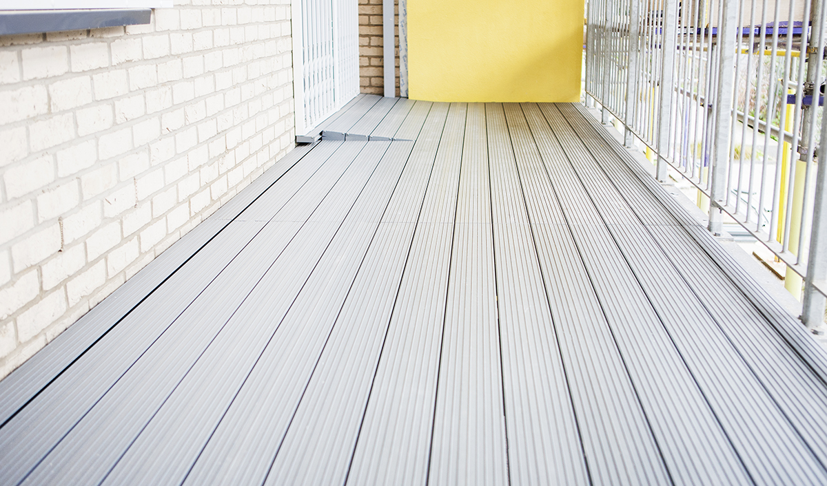 Aluminium Balcony Decking in London for Hill Construction (Repton St)