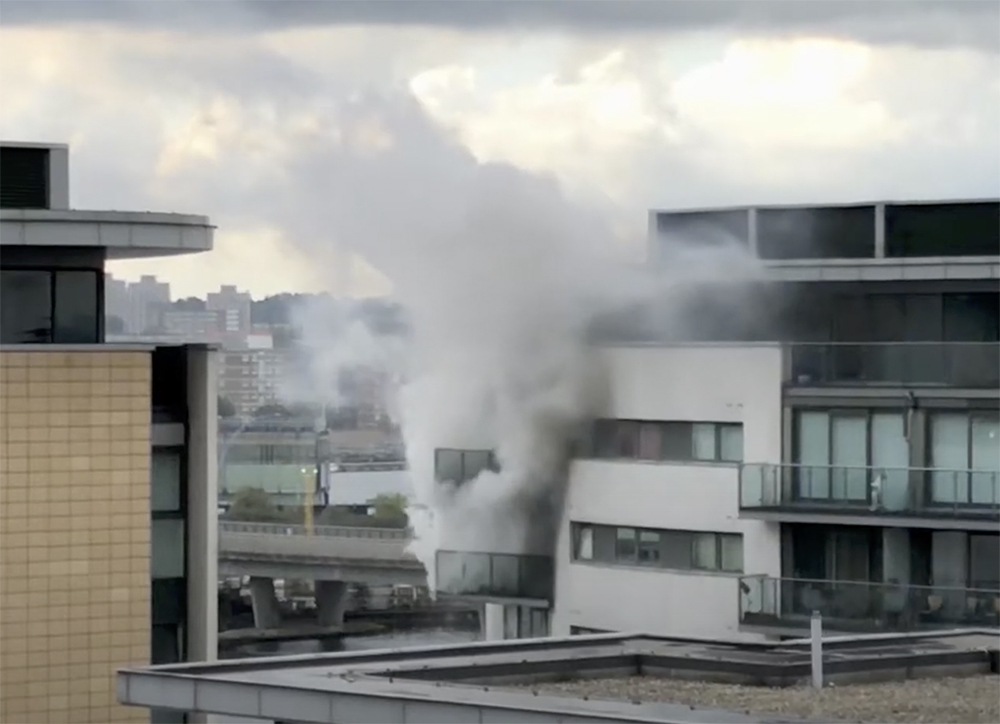 Aluminium Metal Decking AliDeck Reacts To Balcony Fire